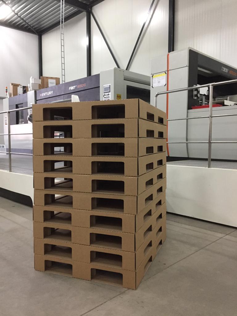 Kartonnen pallets: Stapelvoordeel